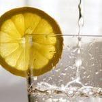 Sprudelwasser aus dem Hahn – Was taugen Soda Stream und Co.?